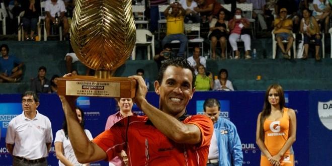 Victor-Estrella-campeón-Salinas